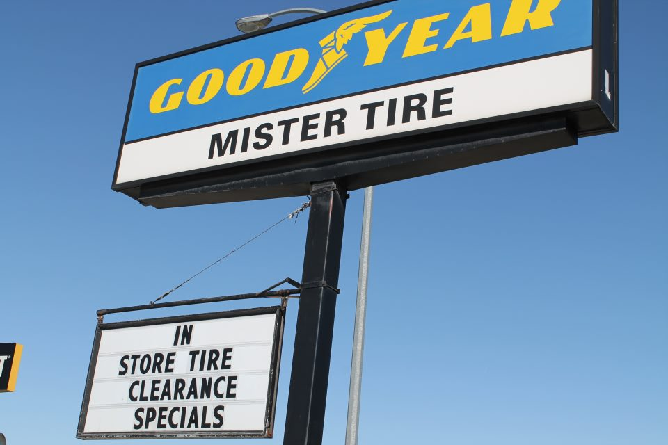contact mister tire tires auto repair shop in cranbrook bc. Black Bedroom Furniture Sets. Home Design Ideas